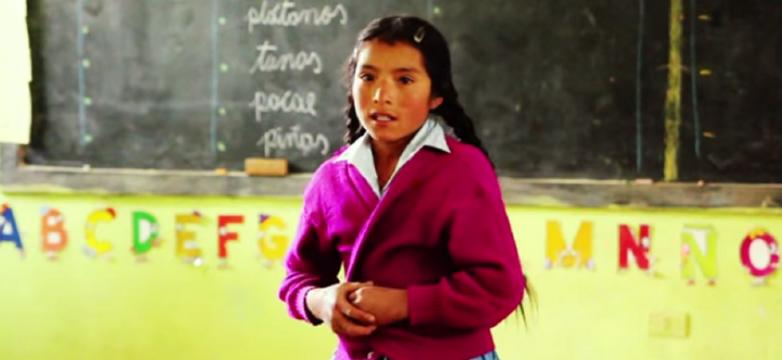Documental sobre las dificultades de las niñas para ir a la escuela en Perú