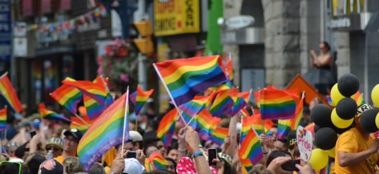 Conoce la iniciativa ¡Luces, cámara y educación!: hacia la superación de la violencia y discriminación por orientación sexual e identidad de género en la escuela